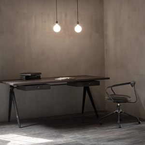 TABLE & DESK