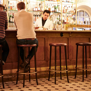 BAR CHAIRS AND STOOLS