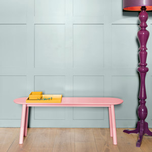 STOOLS/BENCHES