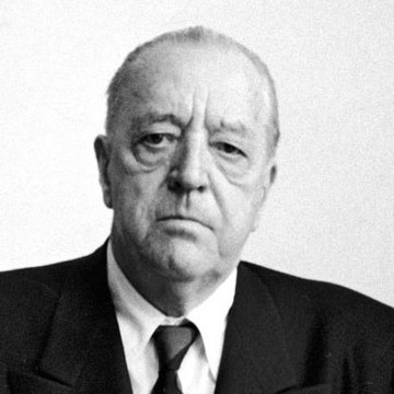 Ludwig Mies van der Rohe | Product designers