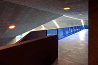 M+V merlini & ventura architectes-La Veyre et l'endroit du tennis -3