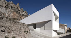 Fran Silvestre Arquitectos-House on Mountainside -5