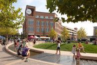 Hoerr Schaudt Landscape Architects-The Circle, Uptown Normal -4