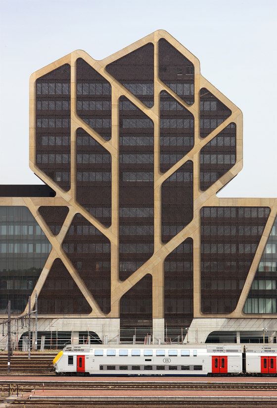 New Court of Justice by Jürgen Mayer H. | Office buildings