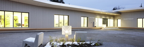 Quartiertreff Zollikerberg de Drexler Guinand Jauslin AG | Édifices sacraux / Centres communautaires