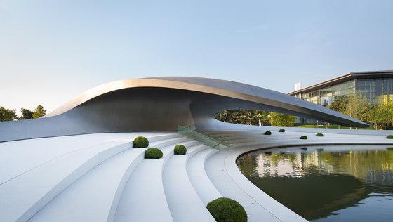 Architekt Wolfsburg porsche pavilion at the autostadt in wolfsburg by henn architekten