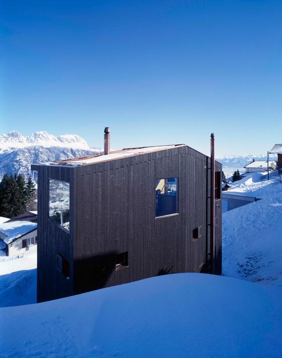 EM2N | MATHIAS MÜLLER | DANIEL NIGGLI-Mountain Chalet