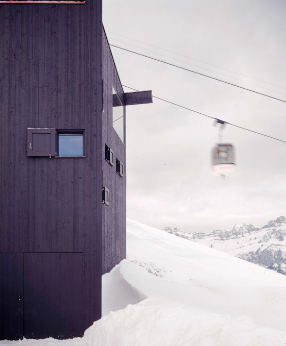 Mountain Chalet by EM2N | MATHIAS MÜLLER | DANIEL NIGGLI | Detached houses
