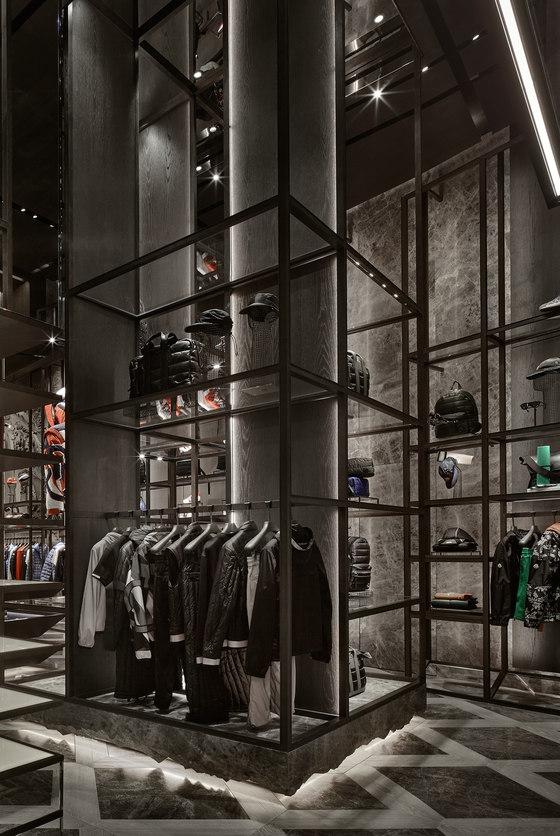 Moncler Dubai Mall by CURIOSITY | Shop interiors