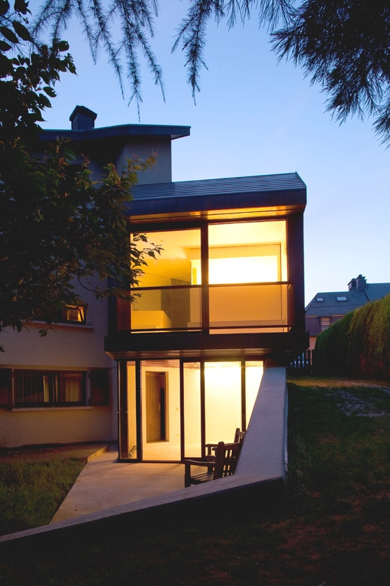 COPPER FISH by XPACE architektur + städtebau | Detached houses