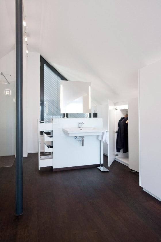 Ursula Maier Möbel GmbH&Co KG-Einfamilienhaus Holzmaden