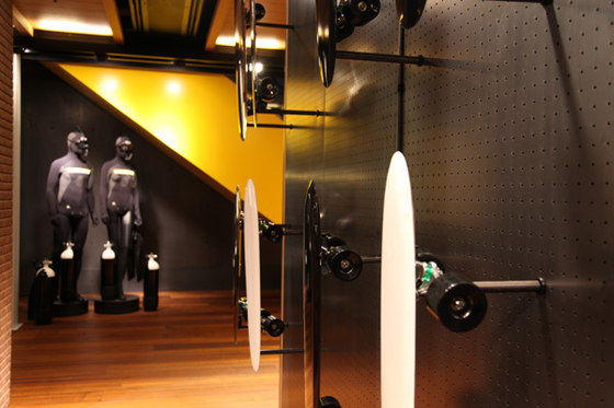 FiDU Longboard at the Pirelli Flagship Store de Oskar Zieta | Prototypes