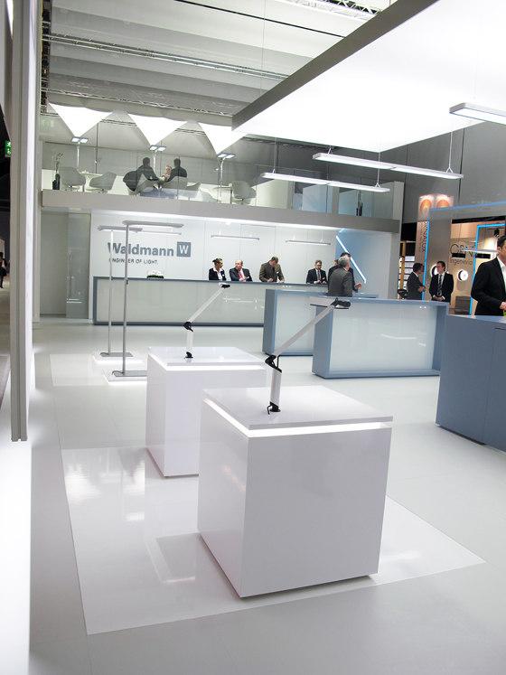 Messestand Waldmann de StructureLab Architekten | Edificios para exposiciones / ferias