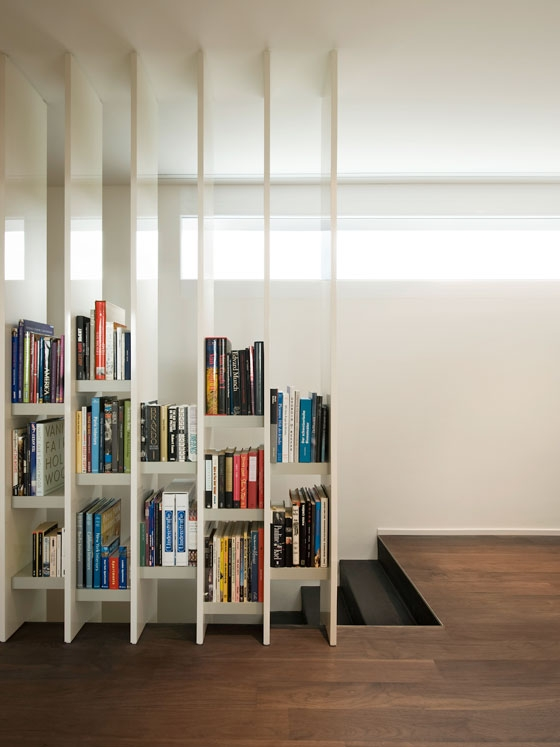 Book Harp by Hanspeter Steiger | One-offs