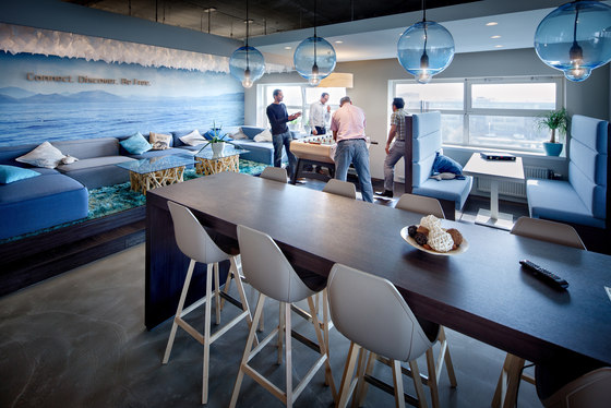 Liberty Global by Evolution Design | Office facilities