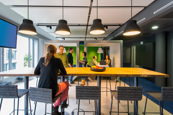 Zeb Office by Evolution Design | Office facilities