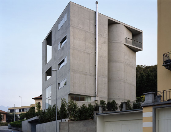 Casa d'appartamenti in via Bertoni, Lugano/ TI by Könz Molo architetti | Apartment blocks