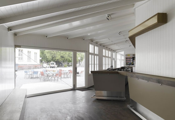 Frei + Saarinen Architekten-Conversion / Extension of Kino Xenix