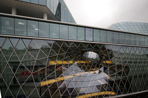 """Myzeil – shopping mall, part of the """"PalaisQuartier"""" by Studio Fuksas 