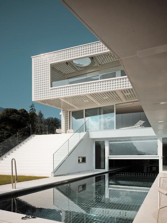 O House am Vierwaldstätter See von Philippe Stuebi Architekten | Einfamilienhäuser