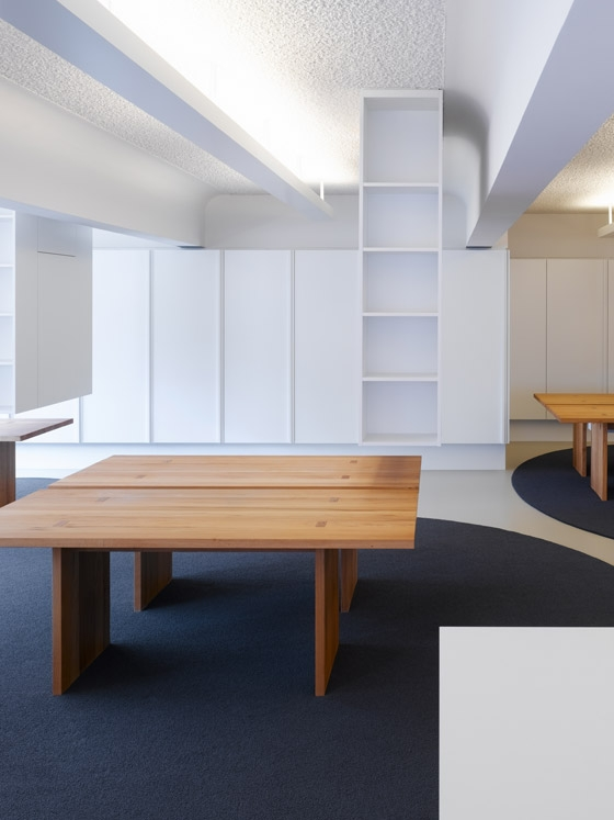 agentur bruce b emmy b von ippolito fleitz group b ror ume. Black Bedroom Furniture Sets. Home Design Ideas