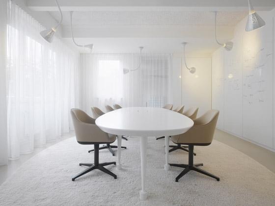 Ippolito Fleitz Group GmbH-Agentur Bruce B./Emmy B.