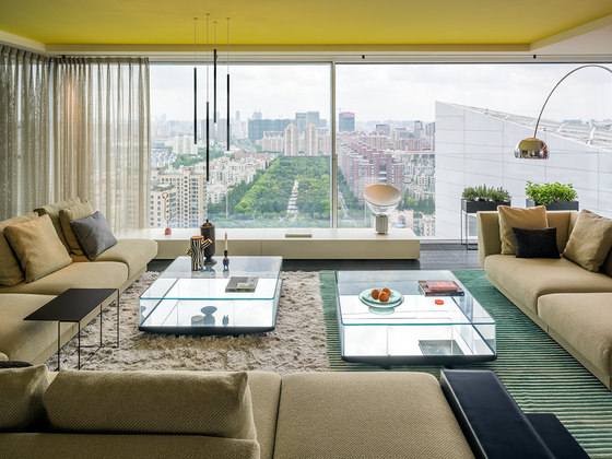 Chromatic Spaces by Ippolito Fleitz Group | Living space