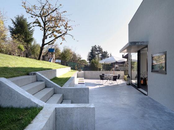 house f by ippolito fleitz group detached houses. Black Bedroom Furniture Sets. Home Design Ideas