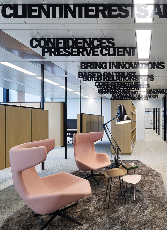 windowintheskyfeinliner by Ippolito Fleitz Group   Office facilities