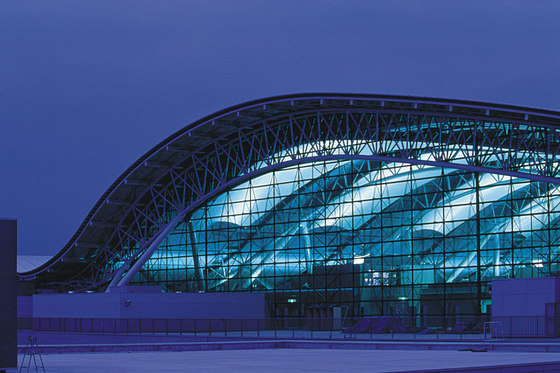 Kansai International Airport Passenger Terminal Building by Renzo Piano Building Workshop | Airports