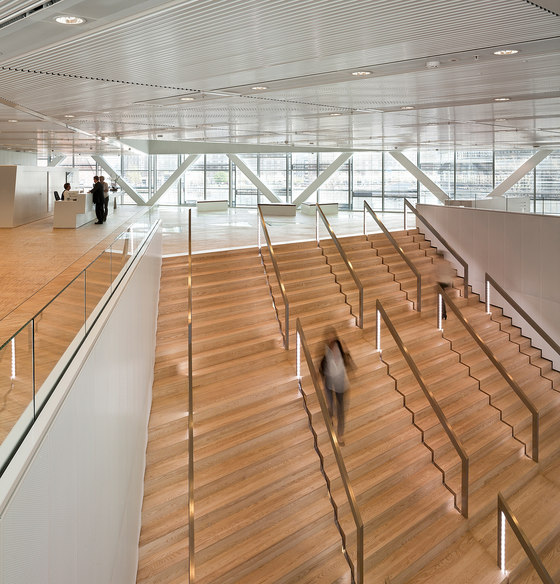The Crystal di Schmidt Hammer Lassen Architects | Edifici per uffici
