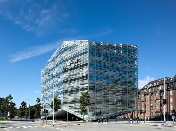 The Crystal by Schmidt Hammer Lassen Architects | Office buildings