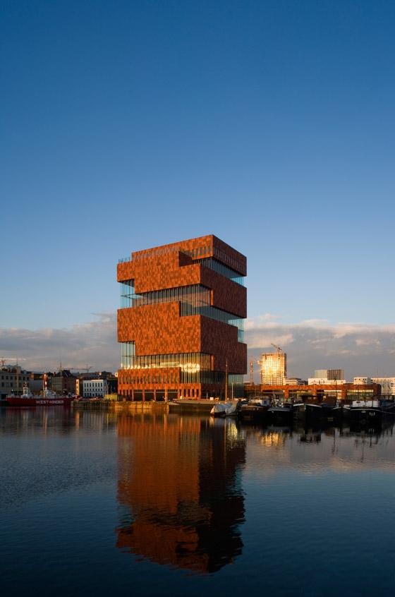 Museum aan de Stroom von Neutelings Riedijk Architecten | Museen