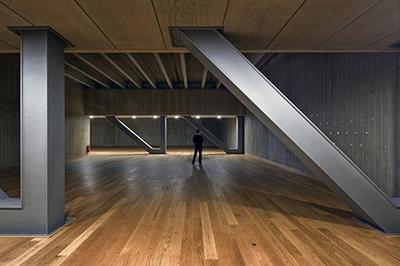 Museum aan de Stroom by Neutelings Riedijk Architecten | Museums