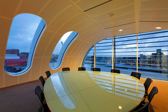 Penthouse Las Palmas di Benthem Crouwel Architects   Edifici per uffici