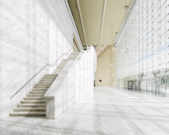 Palacio Municipal de Congresos de Madrid de Ricardo Bofill   Edificio de Oficinas