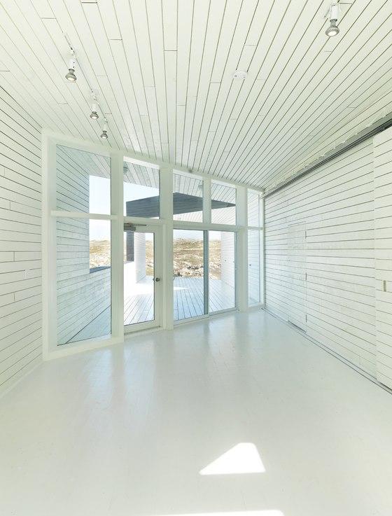Saunders Architecture-Fogo Island Artists Studios (The Long Studio)