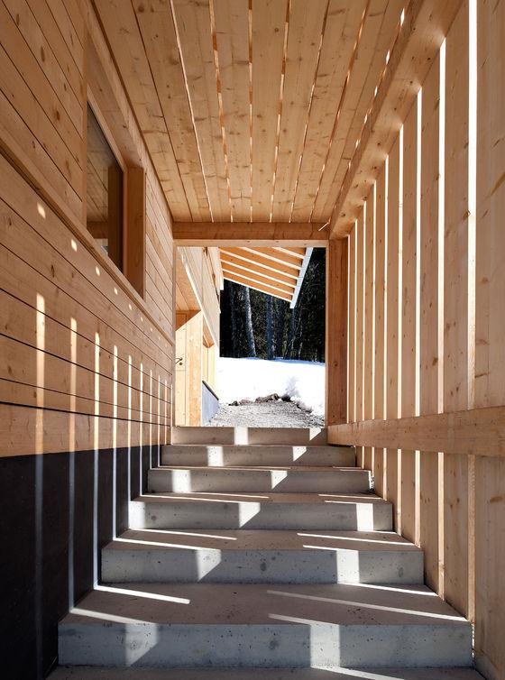 Chalet de vacances von Charles Pictet Architecte | Einfamilienhäuser