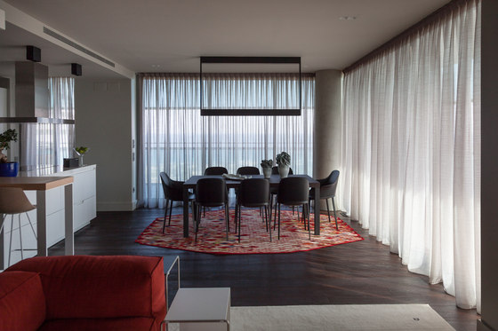 Apartment - Showroom Barcelona by NU Architectuur | Living space