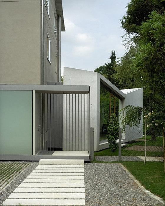 House H by Bevk Perović Arhitekti | Detached houses