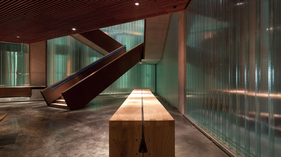 Foster + Partners-Foster + Partner's first winery
