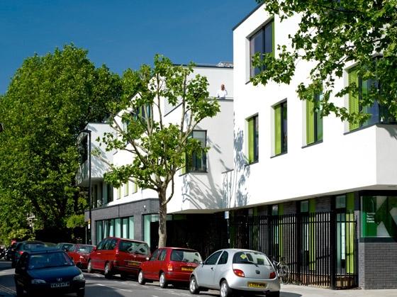 Kentish Town Health Centre de ALLFORD HALL MONAGHAN MORRIS | Hôpitaux