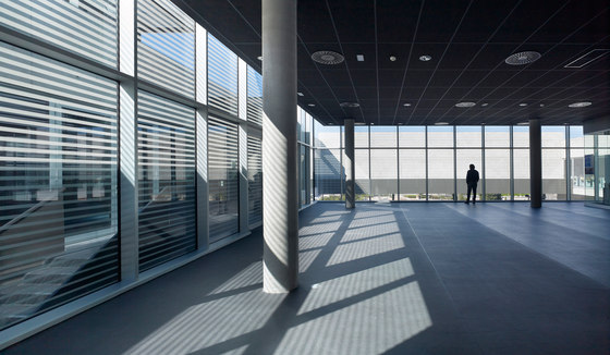 Espacio Miguel Delibes von RAFAEL DE LA-HOZ Arquitectos | Universitäten