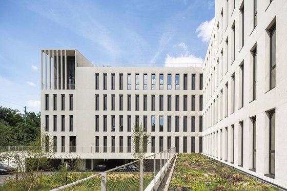 IDF Habitat by Piuarch   Office buildings