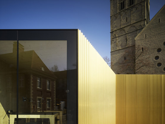 """""""Golden Glory"""" and a Golden Workshop by modulorbeat   Temporary structures"""