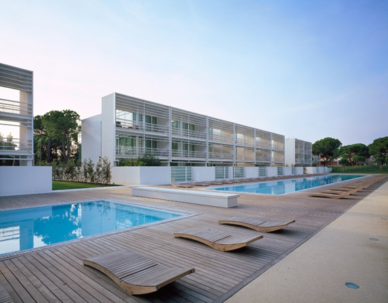Jesolo Lido Village, Condominium and Hotel by Richard Meier | Detached houses