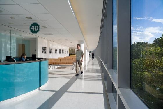 Jacobi Medical Center Phase II Modernizations di Pei Cobb Freed & Partners | Ospedali