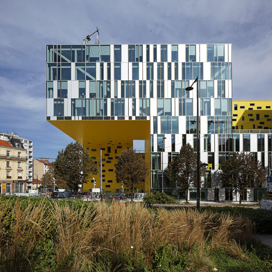 LA CITE DES AFFAIRES SAINT-ETIENNE by Manuelle Gautrand Architecture | Administration buildings