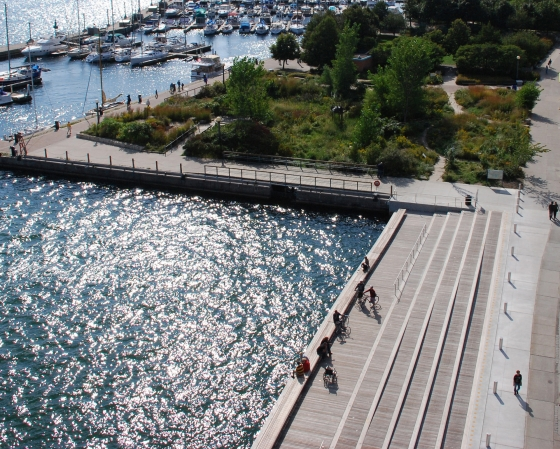 Spadina Wavedeck by West 8 urban design & landscape architecture b.v. | Bridges