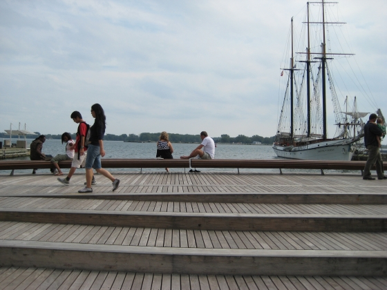 West 8 urban design & landscape architecture b.v.-Spadina Wavedeck